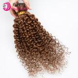 In het groot Onverwerkt Maagdelijk 100% Peruviaans Menselijk Haar die de Lichtbruine Bundels van het Haar van de Krul van Remy Afro Kroezige weven