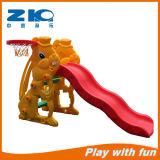 Speelplaats van de Kinderen van de Dia van het konijn de Goedkope Plastic voor Kleuterschool
