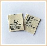 Escrituras de la etiqueta tamaño pequeño de la camisa de la tela barata de encargo para la ropa