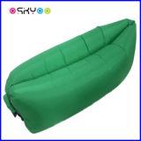 2016人の無毒なナイロン材料の子供のたまり場の膨脹可能な寝袋の空気ソファー