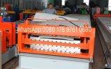 機械を形作る二重層の屋根のパネルロール