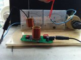 Перезаряжаемые беспроволочная поручая конструкция разрешения модуля для электрофонаря СИД