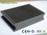 Étage en plastique en bois extérieur solide du composé WPC avec le GV et le ce