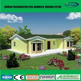 Casa prefabricada barata de la estructura de acero de Panelwall del emparedado de moda temporal del EPS