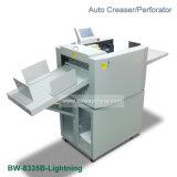 Livre à couverture souple de papier automatique automatique de papier Kiss-Cut Creaser perforante de la machine de perforation de rainage