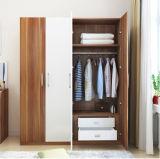 4 portas armário com 2 gaveta