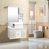 Vanité allumée par mur de Cabinet de salle de bains