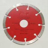 La hoja de sierra de diamante para cortar materiales de construcción
