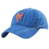 明るいバックルが付いている3D刺繍のお父さんの帽子