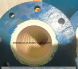 酸化アルミニウムAl2O3の陶磁器の並べられた管