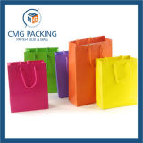 Bolso de papel colorido plegable de Kraft para la ropa (CMG-MAY-054)