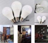 2017 lampadina calda di vendita LED con 3 anni di alloggiamento di alluminio della garanzia