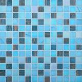 riga di vetro mosaico dell'oro musivo della piscina di 20*20mm