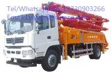 Piccolo e camion centrale della pompa per calcestruzzo