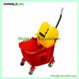 Le plastique de couleur différente nettoyage Down-Press Mop essoreuse Panier