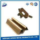 カスタム進歩的な金属のアルミニウム精密な押すか、または型抜きするか、または打つ部品