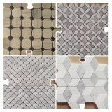 大理石の石塀の装飾のモザイク浴室または台所モザイク・タイルシェブロンか六角形またはヘリンボンパターンモザイク