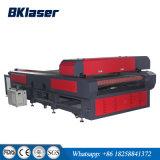 L'alimentation automatique lit plat de gravure de découpe laser CO2 pour le bois d'équipement/acrylique/plastique/tissu/cuir