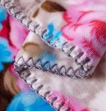 Molles de polyester et chaudes superbes couverture d'ouatine de flanelle estampée 100% par fleurs