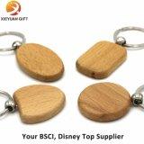 Trousseaux de clés faits sur commande en bois de Sahpe de logo et de coeur