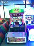 Детский мяч съемки аркадной игры машины