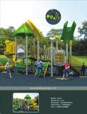 Im Freiengymnastik-Spielplatz-Gerät für Kinder