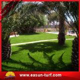 Hierba artificial de mirada natural de la resistencia ULTRAVIOLETA para ajardinar residencial del jardín