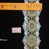 totem indou de Sun d'or de 7.5cm avec la garniture solennelle Hme851 de lacet de frange d'oeillet