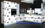 De China Foshan Zhihua do apartamento de madeira novo gabinetes 2017 de cozinha feitos prontos