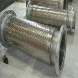 Tubo flessibile del metallo con il connettore della pompa