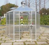 A Titan Greenhoust Premium Estufa Hexagonal (HEX10B)