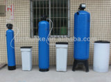 Système de filtre à l'adoucisseur d'usine de traitement de l'eau avec réservoir de PRF