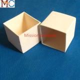 95% 99.7% Al2O3高い純度の処理し難い陶磁器のるつぼ