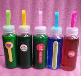 Leere trinkende Glasflasche, Glasbehälter, bewegliche Glasflasche