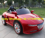 Audiは四輪フラッシュライトが付いている電気自動車をからかう