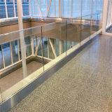De kant Opgezette Leuning van het Glas van het Traliewerk van het Glas van het Kanaal van U van het Aluminium