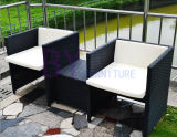 新しく創造的な屋外の余暇の喫茶店のレストランの表および椅子
