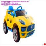 A venda quente caçoa o carro elétrico do brinquedo para o bebê