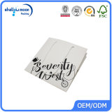 Sacs à provisions de papier de empaquetage estampés blancs noirs personnalisés avec le logo