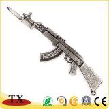 Ornamentos de Keychain del rifle de asalto de Ak-47 del arma del metal para la decoración