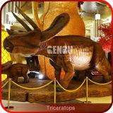 Patio interior dinosaurio Triceratops dinosaurio Artificial