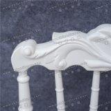 白い結婚式の宴会の椅子の屋外の家具(YC-A07W)
