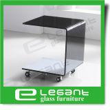 O preto pintou a tabela de extremidade de vidro curvada com rodas