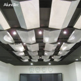 De geperforeerde Grill van het Netwerk van het Aluminium van het Netwerk van de Draad van het Aluminium Universele Decoratieve voor Plafonds
