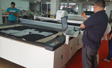 CNC computergesteuerter Tuch-Ausschnitt-Maschinen-Tuch-Scherblock-Gewebe-Scherblock