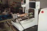 Mini máquina del CNC para el grabado y corte con el accesorio rotatorio