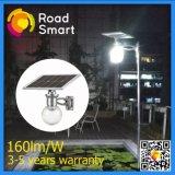 Luz solar integrada del poste de la calle del LED con el panel monocristalino