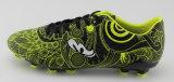 Новые ботинки футбола способа прибытия для напольного