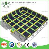 Salto dell'interno adulto dell'ammortizzatore ausiliario della sosta dell'interno del trampolino di Xiaofeixia