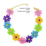 A corda Handmade colorida do Crochet floresce colares do Choker para mulheres